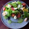 Салат с креветками и сыром филадельфия Оба-на