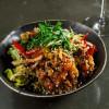 Азиатский салат с говядиной темпура Stone (Стоун)