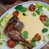 Утиная ножка конфи с соусом Демиглас и лимонной полентой Parmesan (Пармезан)