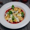 Равиоли со страчателлой в томатно-свекольном соусе Parmesan (Пармезан)