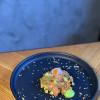 Тартар из лосося с авокадо и икрой летучей рыбы Stone (Стоун)