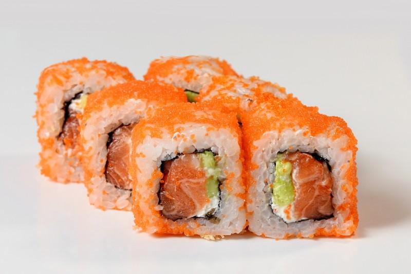 Филадельфия с лососем в икре 1+1 Okinawa (Окинава)