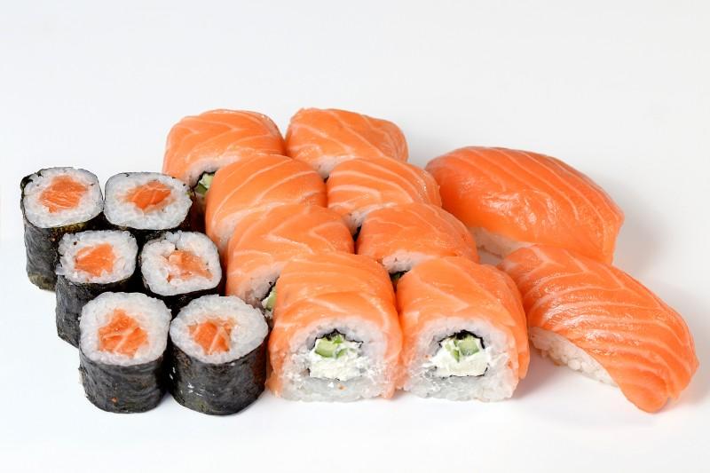 Мини сет с лососем Okinawa (Окинава)