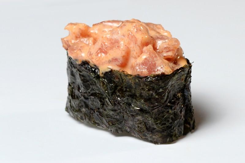 Спайси тунец 1+1 Okinawa (Окинава)
