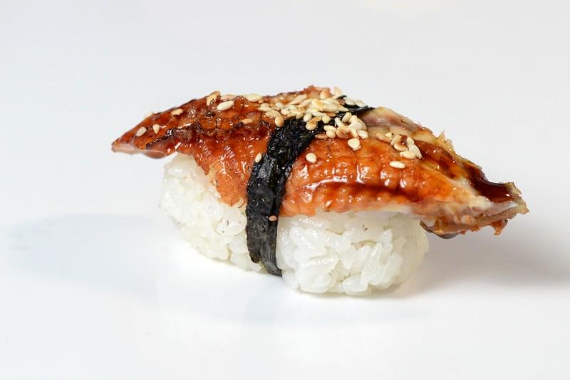 Суши угорь 1+1 Okinawa (Окинава)